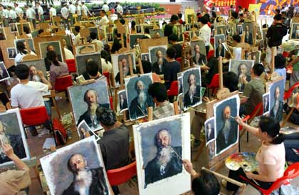 Painting competition in Dafen Village, Shenzhen